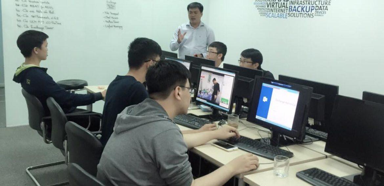 Khóa Học Administering Exchange Server 2016