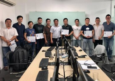 BẾ GIẢNG KHÓA AZURE SOLUTIONS ARCHITECT EXPERT